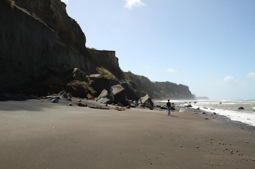 coastal-walk-cliffs