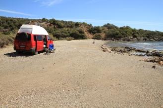 Auf dem Strand ist man schon froh wenn alle Räder angetrieben werden.